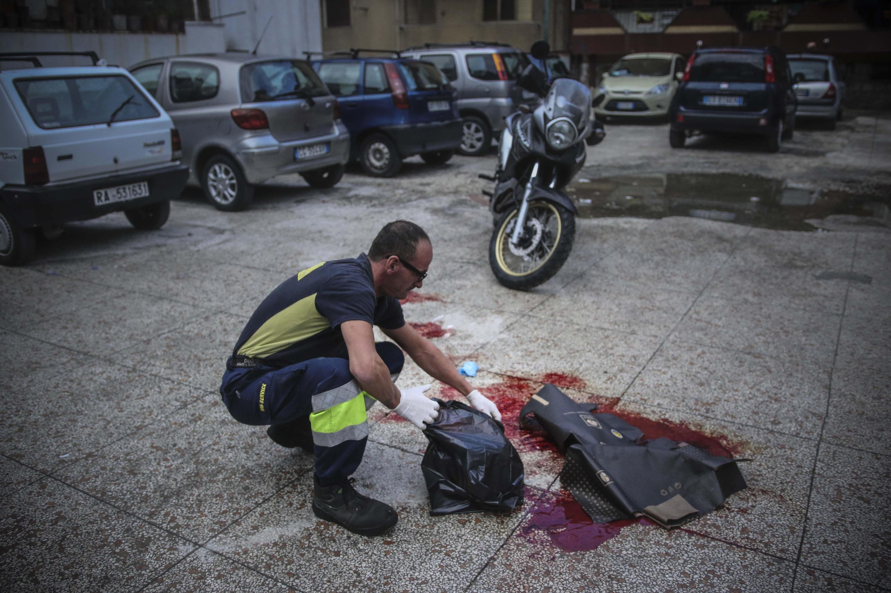 Sette giorni, nove sparatorie, quattro feriti e due morti